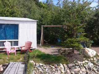 Cozy 8 by12 foot cottage. Access to home amenities - Tantallon vacation rentals