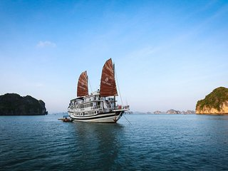 3 Days Halong Bay tour with Kayaking - Haiphong vacation rentals