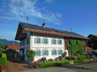 Low Fare Room Rental with Kitchen, Toilet! - Eschenlohe vacation rentals