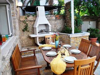 In the heart of quaint Old Town Supetar, Delightful Courtyard, 100m to the Beach - Supetar vacation rentals