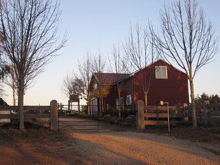 Nice Barn with A/C and Garage - Drouin vacation rentals