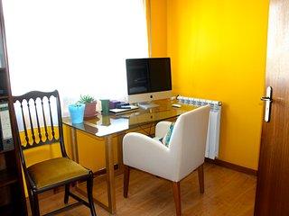 Comfy Sunny Room Near the Beach - Matosinhos vacation rentals