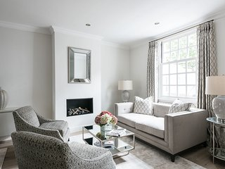 Ultra luxurious London home for 6-8 - London vacation rentals