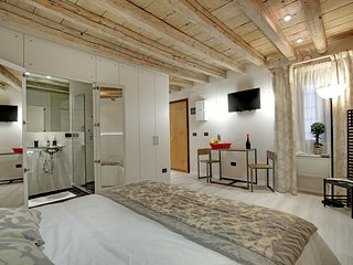 Monolocale Deluxe - Venice vacation rentals
