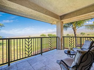 Exquisite 3 bedroom, 3 bath, Villa with Ocean, Mountain and Golf Course Views - Waimea vacation rentals