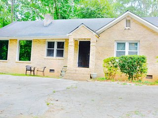 2 Bd 2 Bath Spacious Home - Atlanta vacation rentals