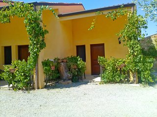 Villaggio dei Balocchi - Appartamento A - Castelbuono vacation rentals