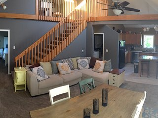 Cozy Condo with Deck and Internet Access - Boyne City vacation rentals