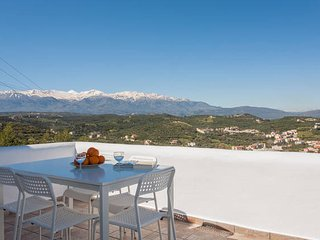7 Olives Apartment with 2 room, sleeps 6 - Plaka vacation rentals