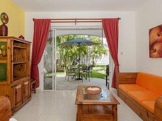 Family Room E7 B&B Dolce Vita Caribe - Playa del Carmen vacation rentals