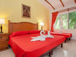 Executive Room E7 B&B Dolce Vita Caribe - Playa del Carmen vacation rentals