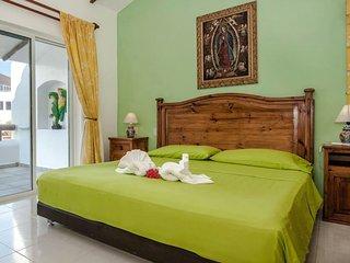 Deluxe Room E7 B&B Dolce Vita Caribe - Playa del Carmen vacation rentals