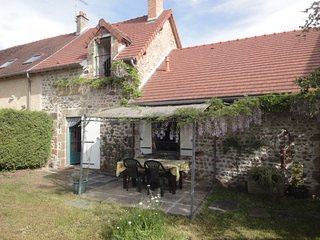 Romantic 1 bedroom House in Saint-Sornin - Saint-Sornin vacation rentals