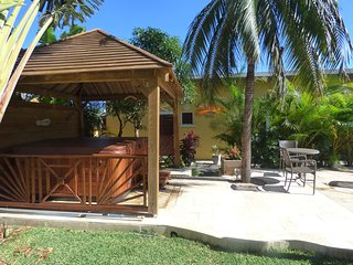 Nice Bungalow with Internet Access and Satellite Or Cable TV - Saint-Gilles-les Hauts vacation rentals