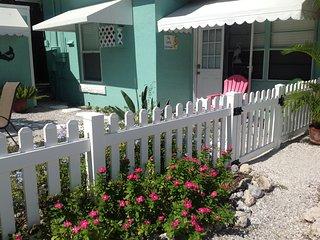 The Little Mermaid On Beautiful Anna Maria Island! - Bradenton Beach vacation rentals