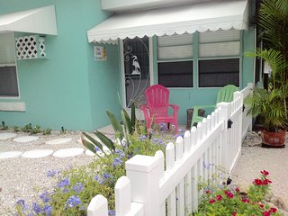 The Little Mermaid On Beautiful Anna Maria Island! - Bradenton Beach vacation rentals