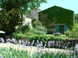 Le Moulin Des Ocres - Eglantier - Gîte - Piscine - Apt vacation rentals
