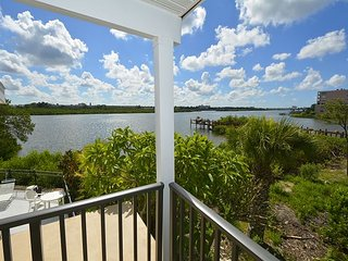 Beautiful Water Views - Updated Decor-Steps to the Beach - Indian Shores vacation rentals