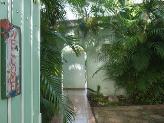3 Min. Walk to Beach-Center San Juan-Quiet Villa - Miramar vacation rentals