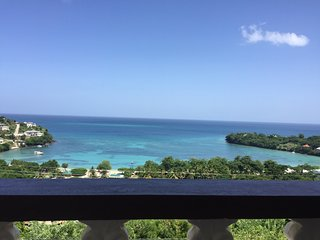 Maison De Luxe Ocean View (BBC Beach-house) - Morne Rouge vacation rentals