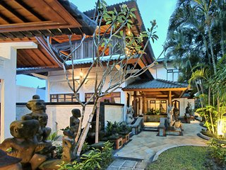 Perfect Villa with Housekeeping Included and Television - Kuta vacation rentals