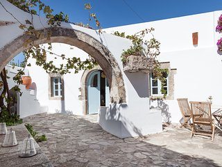 Magical centuries-old house 5 bedrooms - sleeps10 - Mylopotamos vacation rentals