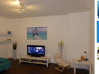 Schöne sonnige Wohnung Nähe Zentrum Free WiFi - Jena vacation rentals