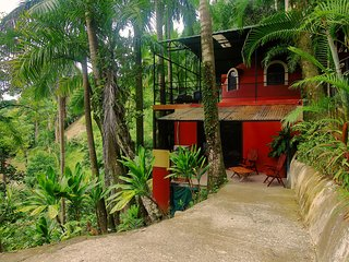 Tree Top Canopy Villa - Quepos vacation rentals