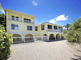 Gulf front luxury home with boat dock and pool - Captiva Island vacation rentals