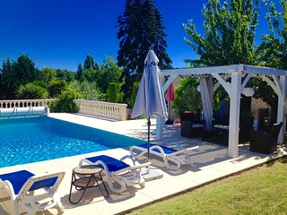 HAUT RIGALEAU ,house with Heated Pool - Massugas vacation rentals