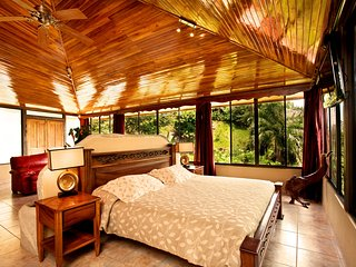 Penthouse Deluxe with Ocean View - Quepos vacation rentals