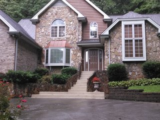 Bed and Breakfast in East Kingsport - Kingsport vacation rentals