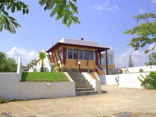 Nice Villa with Internet Access and A/C - Rapaniana vacation rentals
