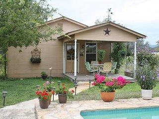 Vacation rentals in Bandera County