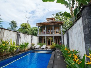Nice Villa with Internet Access and A/C - Yogyakarta vacation rentals