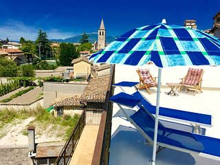 Terrazza Splendida. Car unnecessary. Rome/1hour - Spoleto vacation rentals