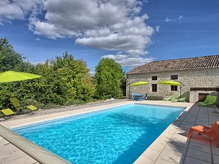 Carmes, Beautiful Barn Conversion - Roquecor vacation rentals
