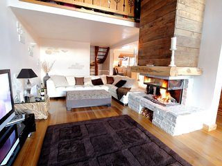 Luxury Catered Chalet with Hot Tub & Sauna - Saint Bon Tarentaise vacation rentals