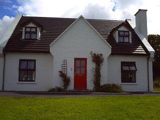 Catherine's Cottage, Letterfrack - Letterfrack vacation rentals