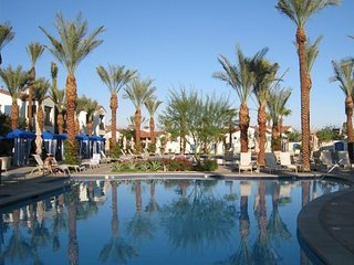 Great 3-BR Townhome in Lovely Legacy Villas - La Quinta vacation rentals