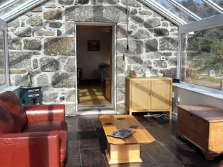 Romantic 1 bedroom Newlyn Barn with Television - Newlyn vacation rentals