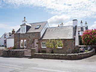Romantic and cosy 1890's detached holiday cottage - Melrose vacation rentals