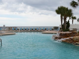 Majestic Beach Condo 4 POOLS And Movie Theatre ! - Panama City Beach vacation rentals