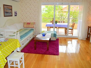 Bright 2 bedroom Apartment in Orebic with Internet Access - Orebic vacation rentals