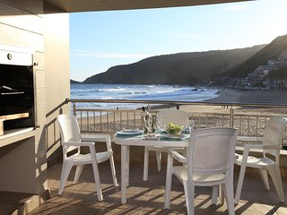 Whale luxury s/C family unit right on the beach. - Victoria Bay vacation rentals