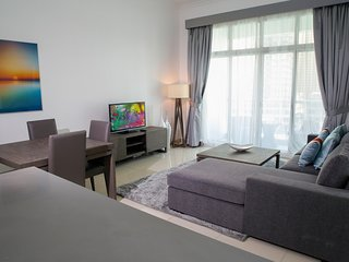 Large 1br right on the water - Dubai Marina vacation rentals
