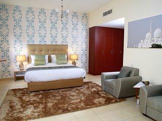 Lovely 2 bedroom Condo in Dubai Marina with Internet Access - Dubai Marina vacation rentals