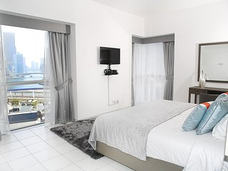 Lovely Condo with Internet Access and A/C - Dubai Marina vacation rentals