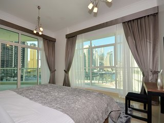 Beautiful 2 bedroom Dubai Marina Apartment with Internet Access - Dubai Marina vacation rentals