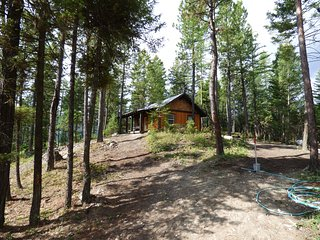Whispering Pines, Flathead Lake Cabin Rentals - Lakeside vacation rentals